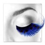 Wimpern, Blaue Federn mit schwarzen Punkten
