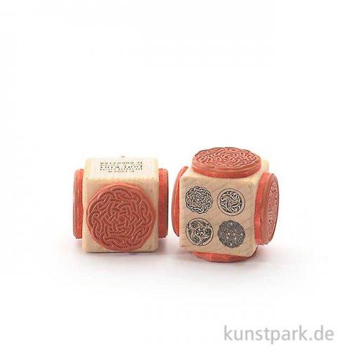 Judi-Kins Stamps - Keltische Muster zwei - Würfel