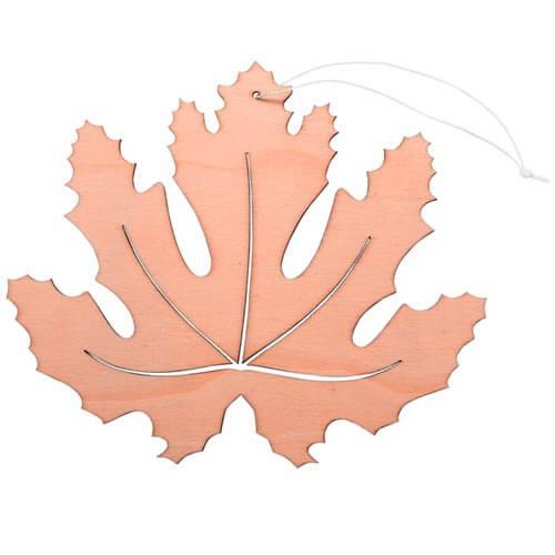 Oranges Ahornblatt Aus Holz Mit Hänger Breite 20 Cm